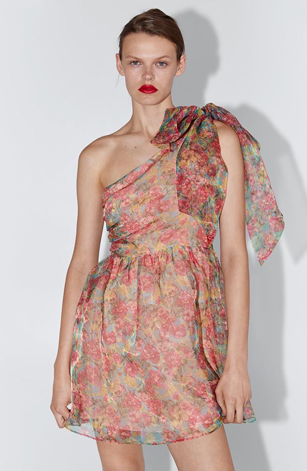 Vestido floral de organza asimétrico