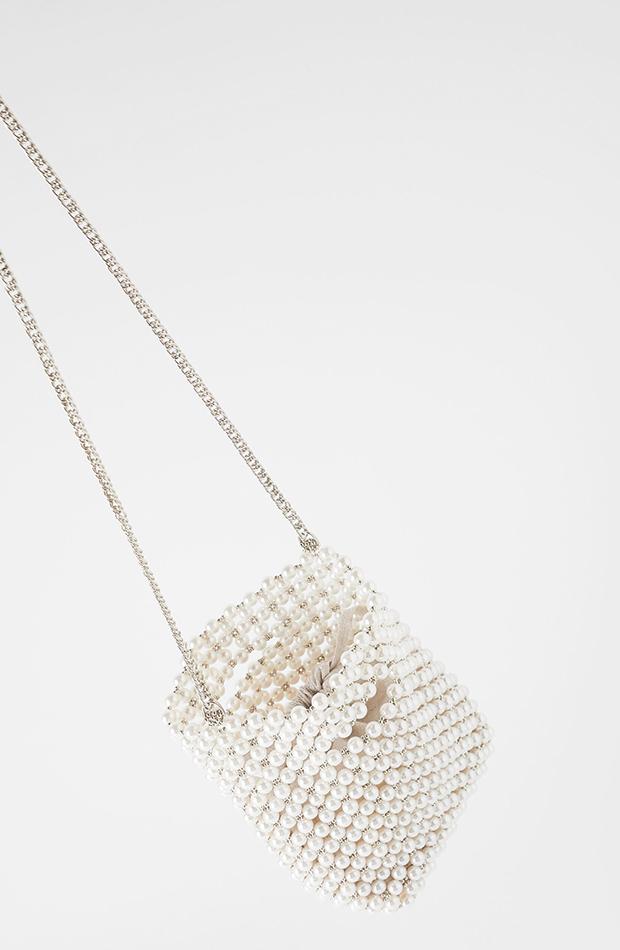 Bolso de perlas de Zara