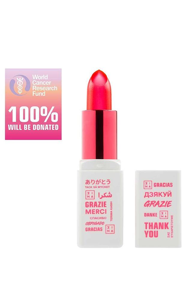 Marcas se unen contra cáncer de mama barra de labios 3INA