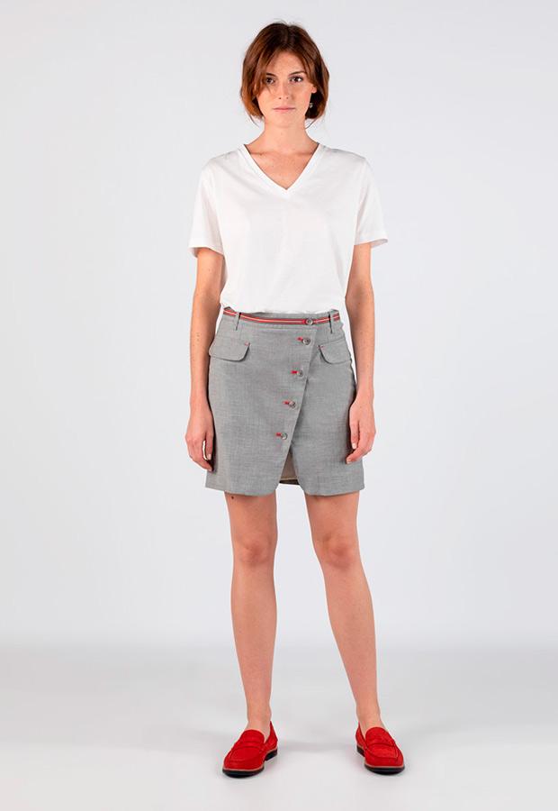 Mini falda asimétrica con bolsillos de El Ganso