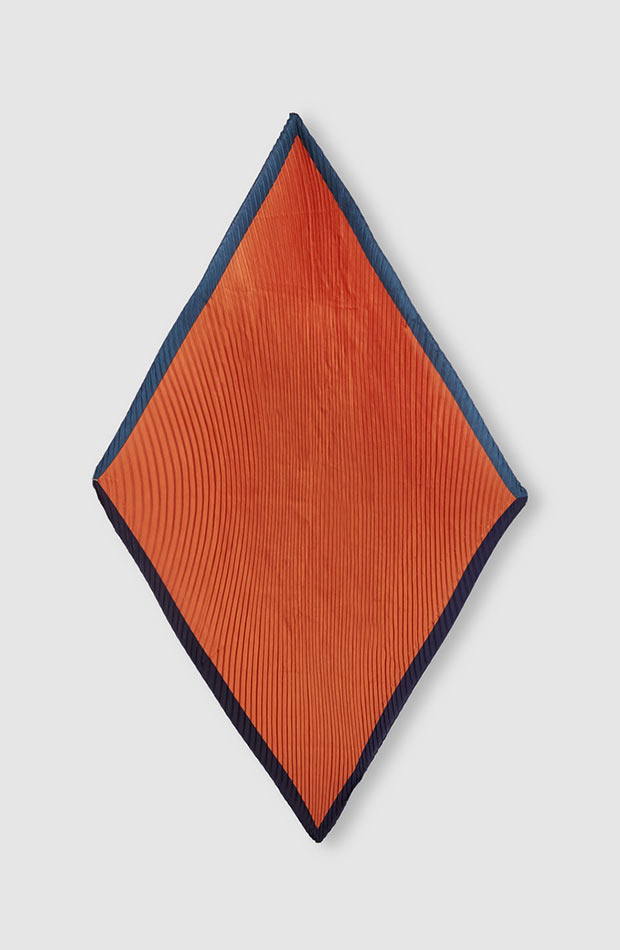 fular plisado naranja