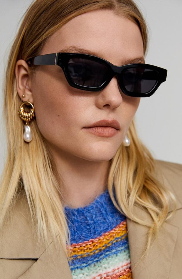 Colección de Leandra Medine para Mango gafas negras