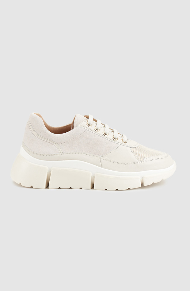 zapatillas deportivas blancas gloria ortiz