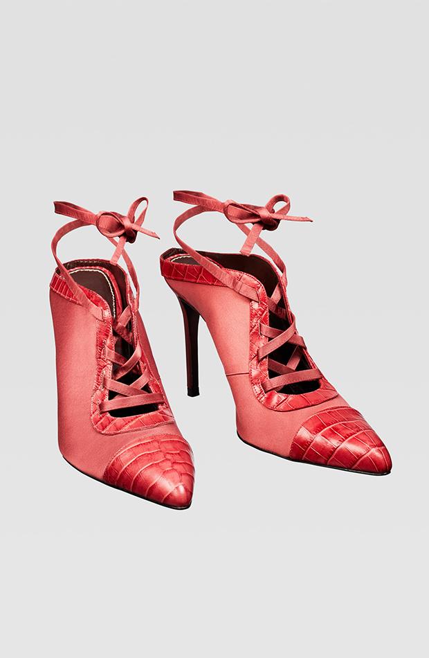 Zara Campaign Collection zapatos rojos