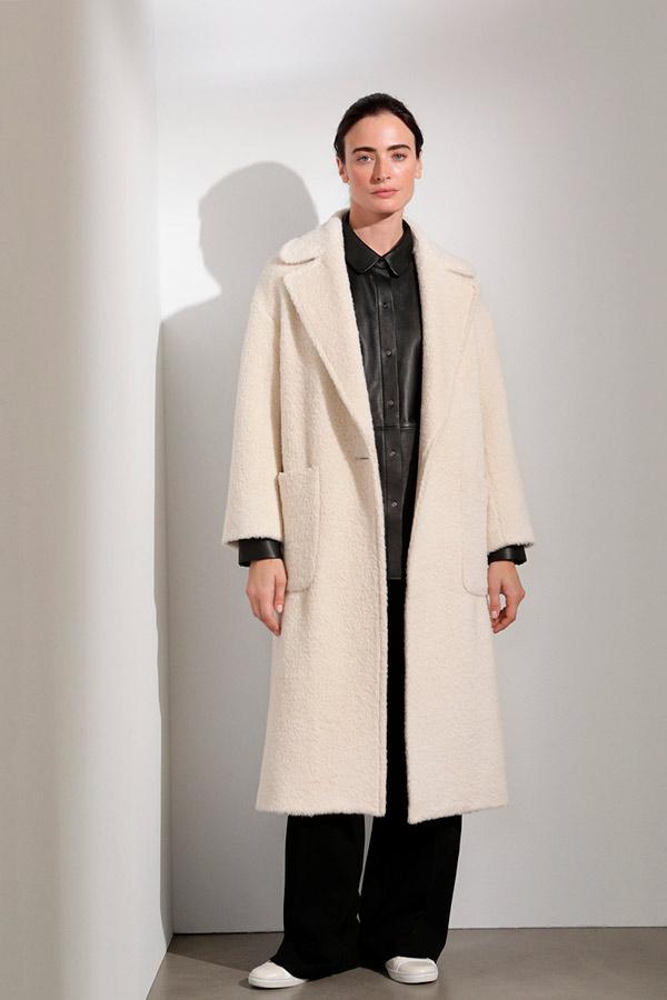 Abrigo largo efecto borreguito de Woman Limited El Corte Inglés