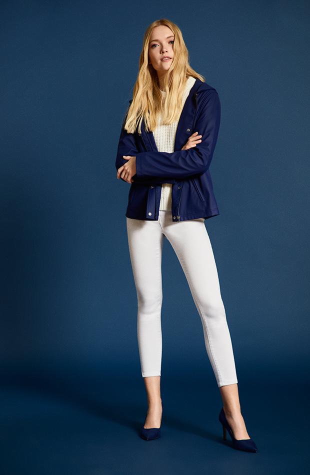 Colección Lefties Stay Cozy azul y blanco