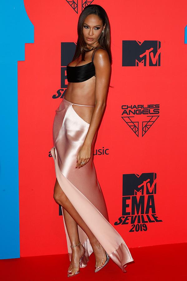 Joan Smalls en los MTV EMAs 2019