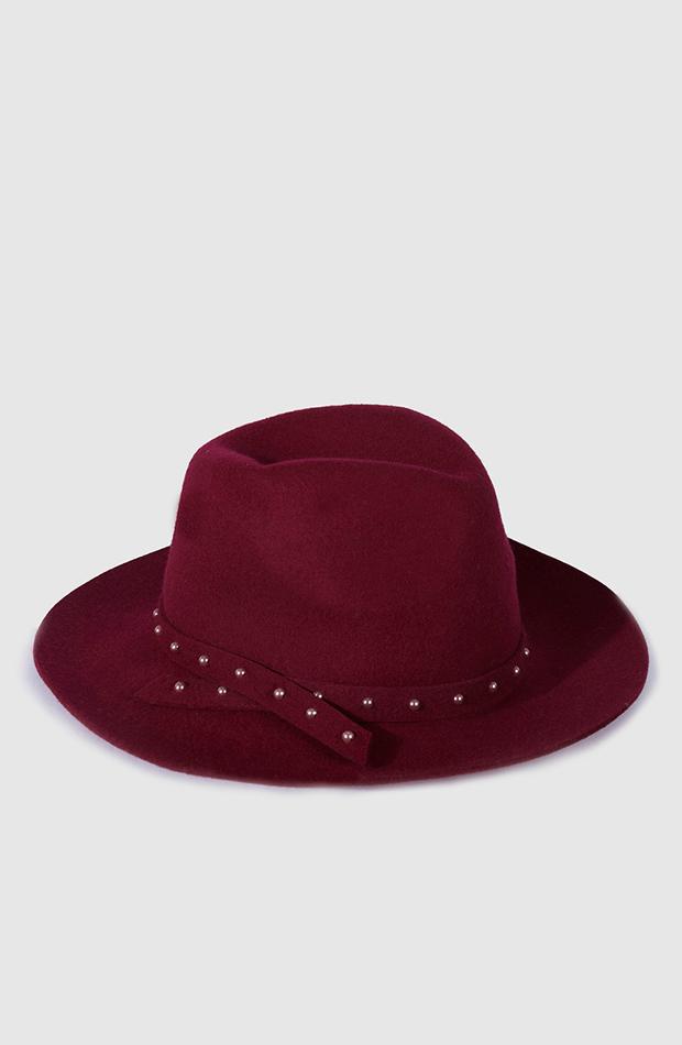 sombrero detalle perlas donaztelli estilo setentero