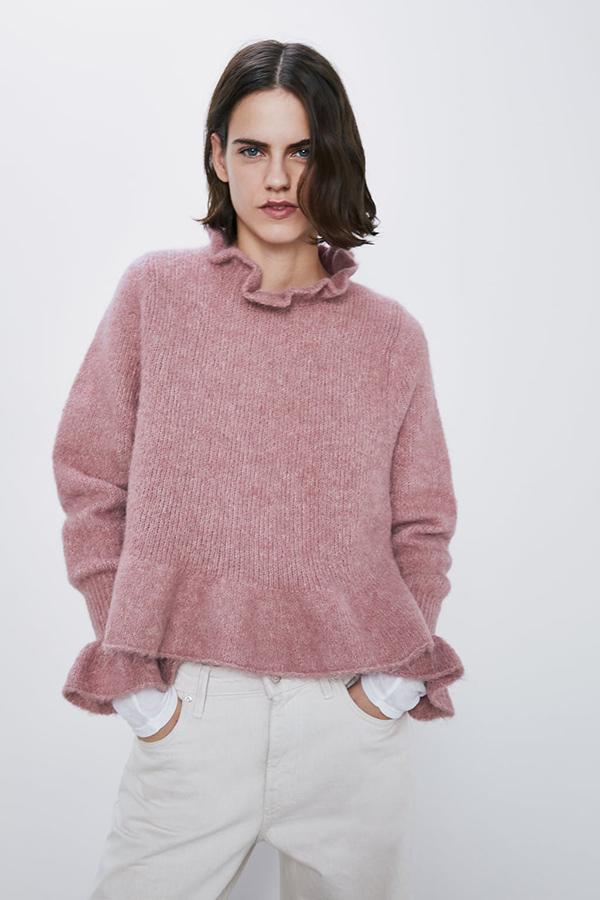 Jersey de alpaca en rosa con volantes de Zara