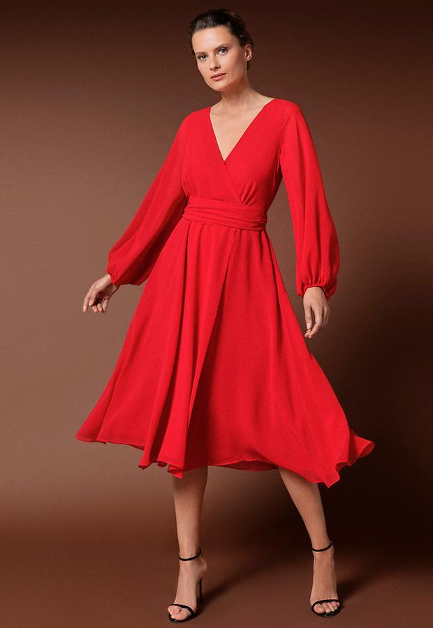 Vestido corto rojo de invitadas de invierno