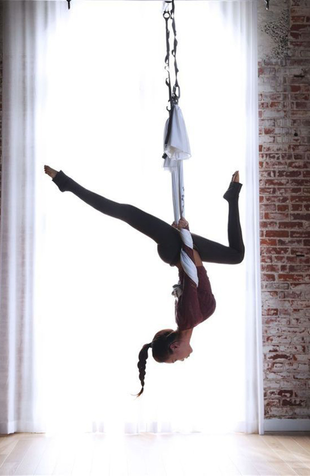 deportes 2020 yoga aereo