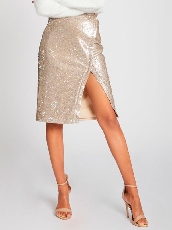 Falda recta de lentejuelas para el look de Nochevieja