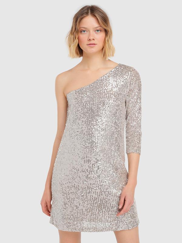Vestido de lentejuelas en color plata