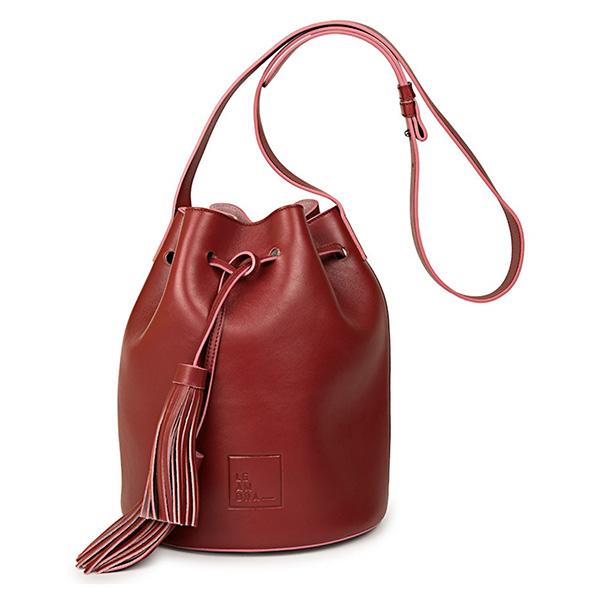 Bolso saco de piel burdeos de Leandra Bags