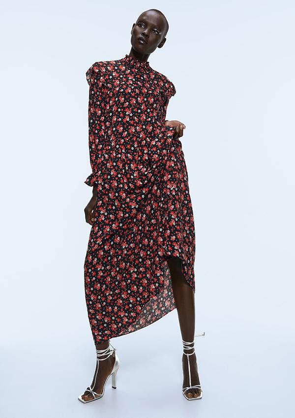 Vestido largo de Zara romántico