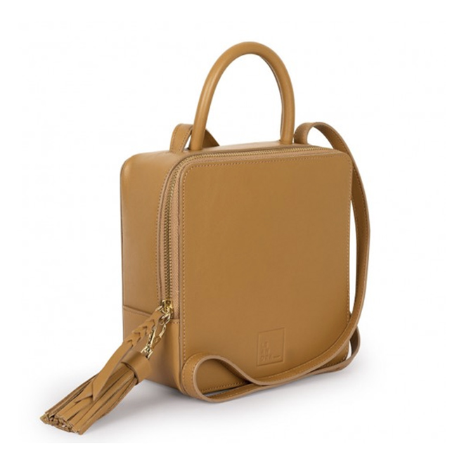 Square Bag de Leandra en color toffee