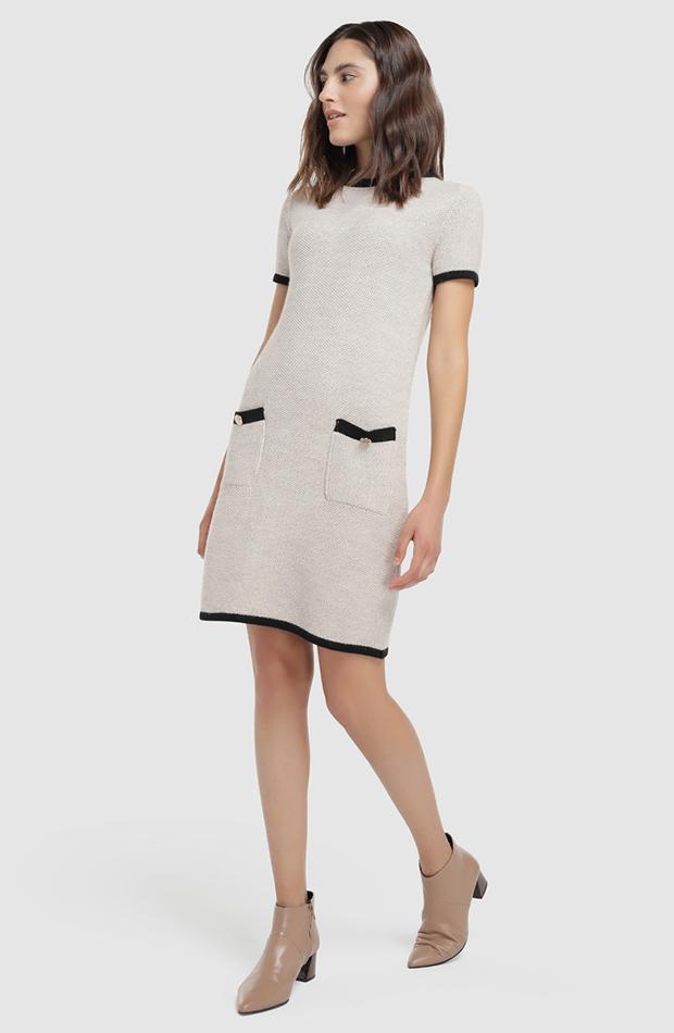 vestido mini de punto con manga corta Fórmula Joven