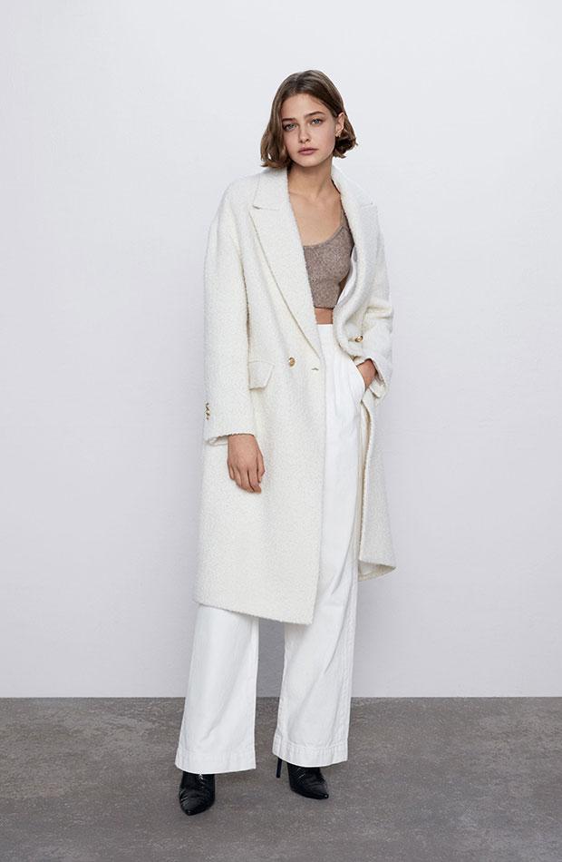 prendas basicas de influencers abrigo blanco