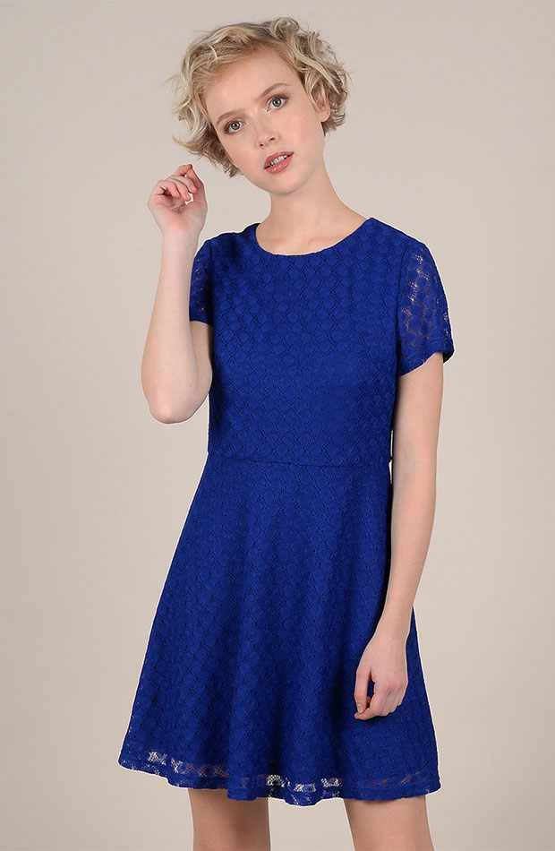 azul clasico vestido encaje