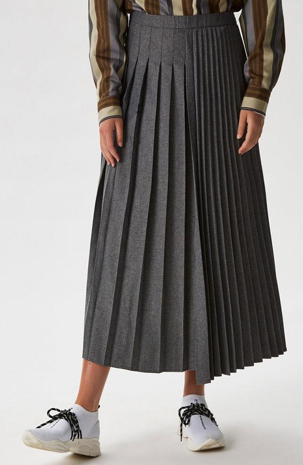 looks de oficina falda plisada