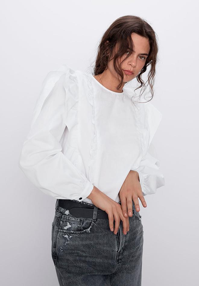 Camisa con volantes de las Novedades de Zara primavera 2020