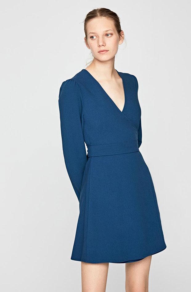 azul clasico vestido en pico