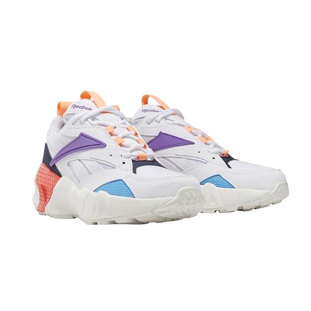 zapatillas en tendencia Aztrek Reebok con colores