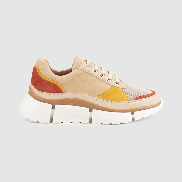 zapatillas en tendencia color marrón Gloria Ortiz El Corte Inglés
