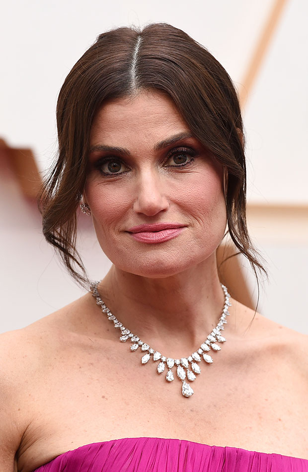 Idina Menzel Looks Beauty Oscar 2020