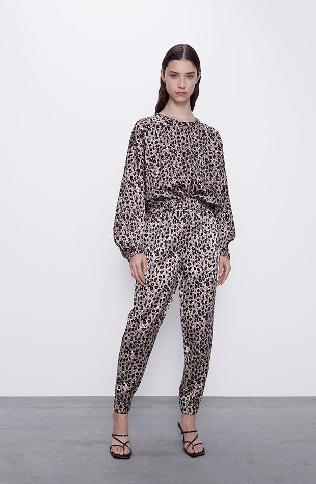 pantalones satinados Zara
