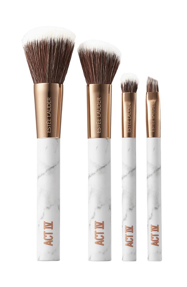 set de brochas Maquillaje estilo natural Danielle Lauder Estee Lauder