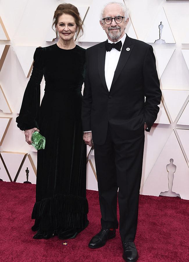 Kate Fahy y Jonathan Pryce en los Premios Oscar 2020