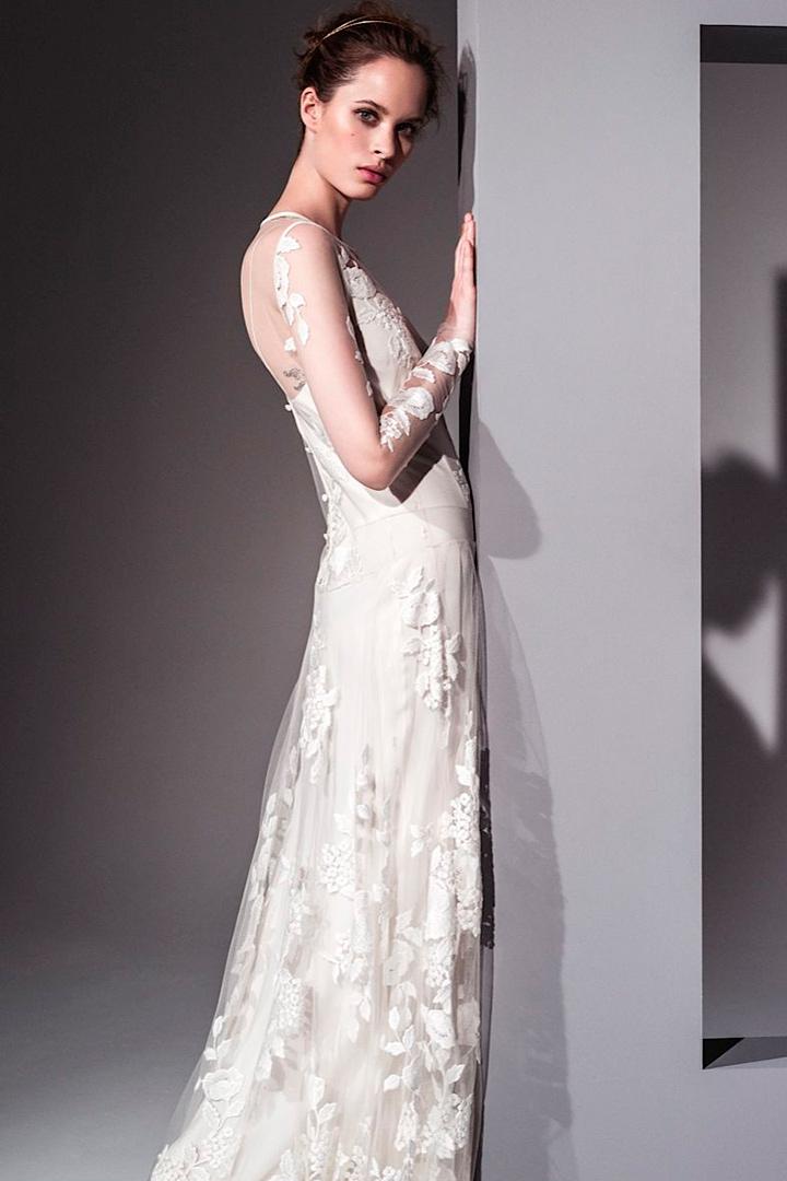 Vestidos novia Teresa Helbig encaje manga larga