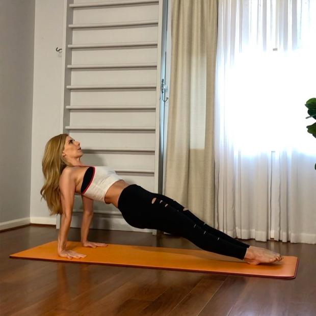 beachyogagirl cuentas de Instagram para practicar yoga