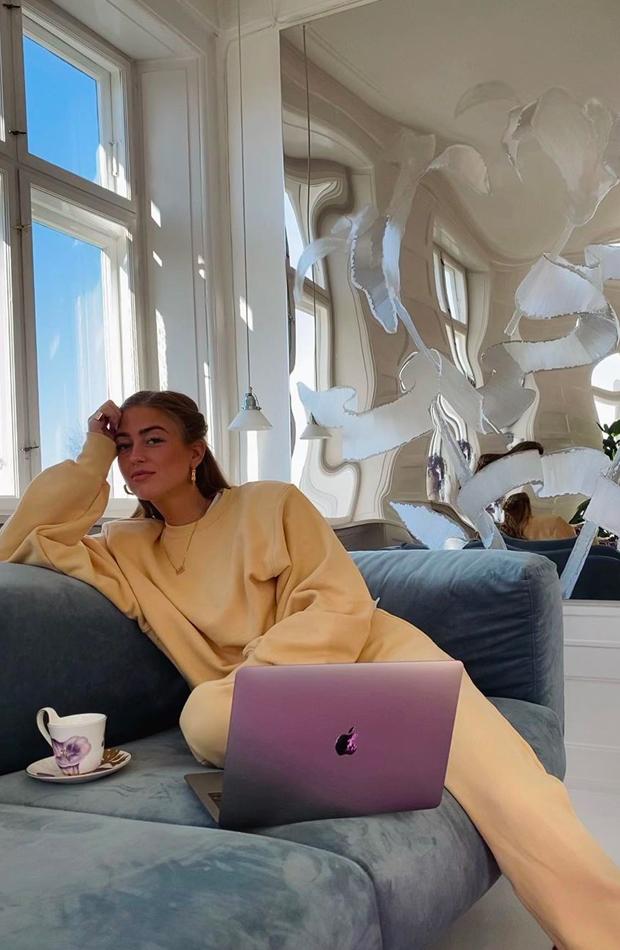Emili Sindlev Que hacen las influencers en casa para divertirse