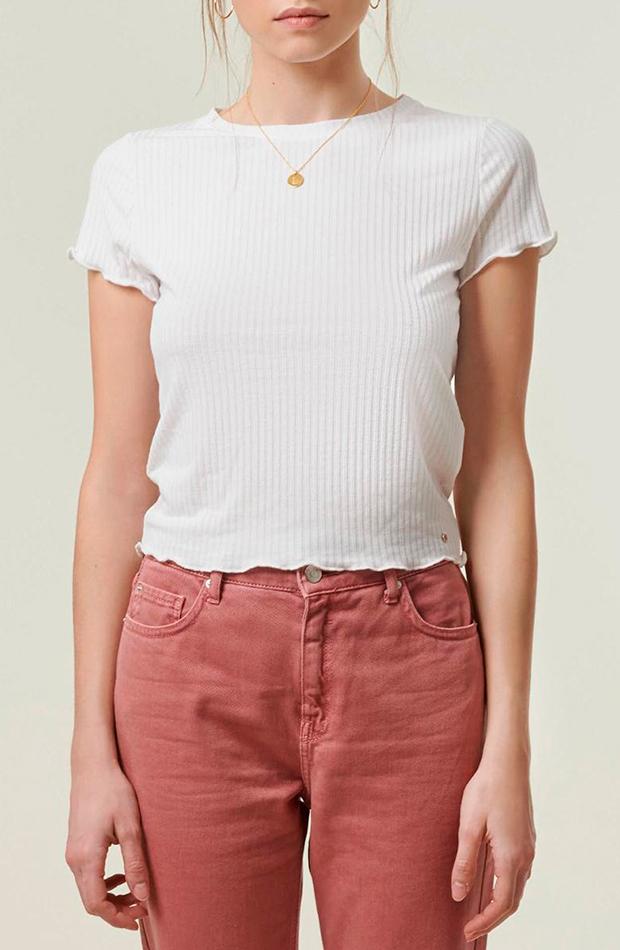 camiseta de mujer con manga corta con canalé brownie cambio de armario básicos
