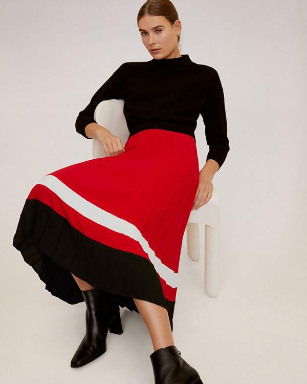 Falda midi de Mango roja