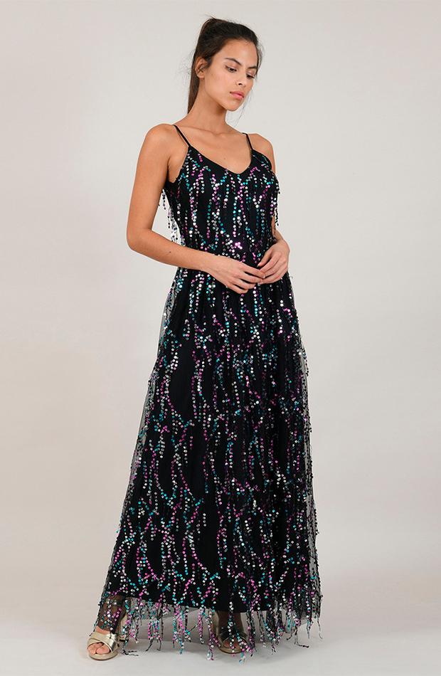 invitada perfecta primavera vestido de tirantes con lentejuelas y flecos molly bracken