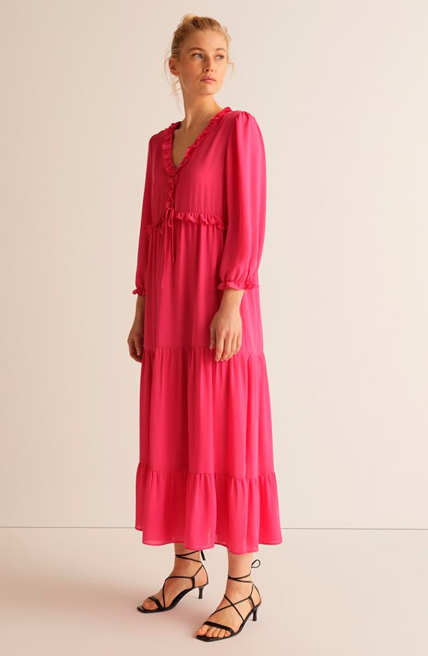 invitada perfecta primavera vestido rosa con volantes amitie