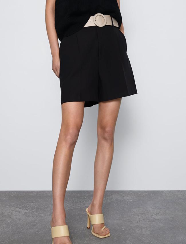 Mini shorts En negro de Zara