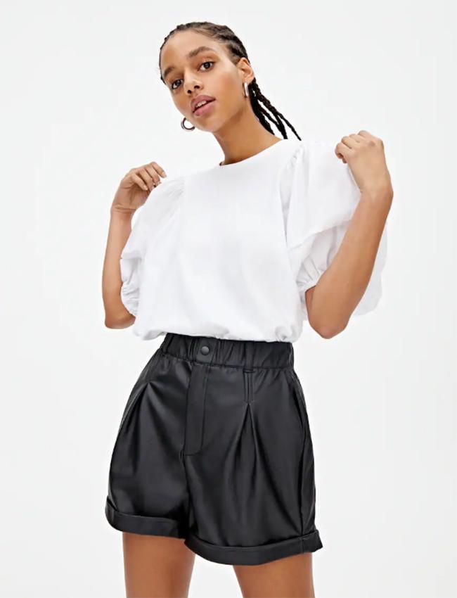 Mini shorts Efecto piel de Pull&Bear