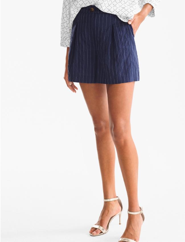 Mini shorts Con raya diplomática de C&A