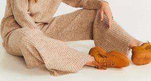 Estos son los pantalones que necesitas si quieres estar cómoda en casa (pero a la vez te apetece lucir estilosa)
