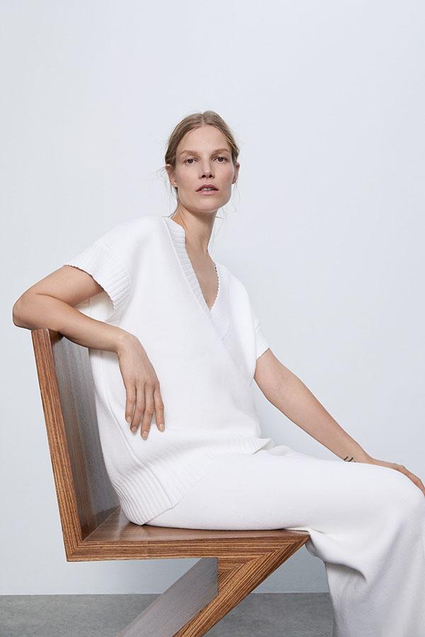 Pantalón de Zara de punto blanco