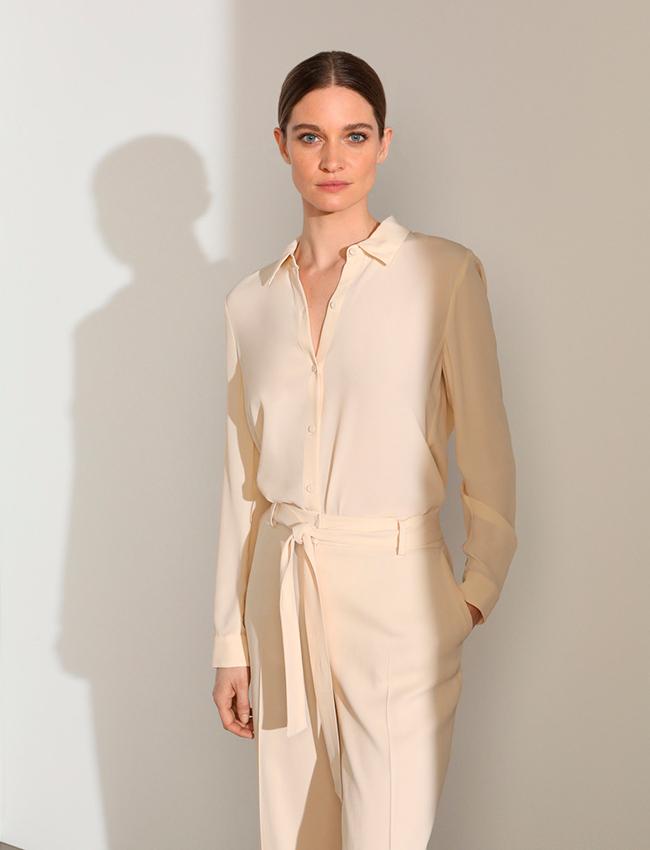 Blusa básica en crudo de Woman Limited El Corte Inglés