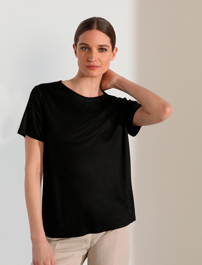Camiseta negra de Woman Limited El Corte Inglés