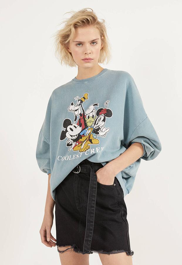Sudadera con estampado de Mickey de Bershka