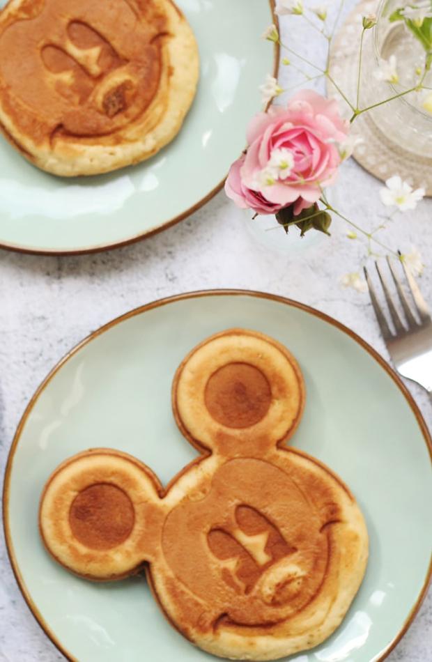 tortitas molde mickey mouse recetas divertidas para niños