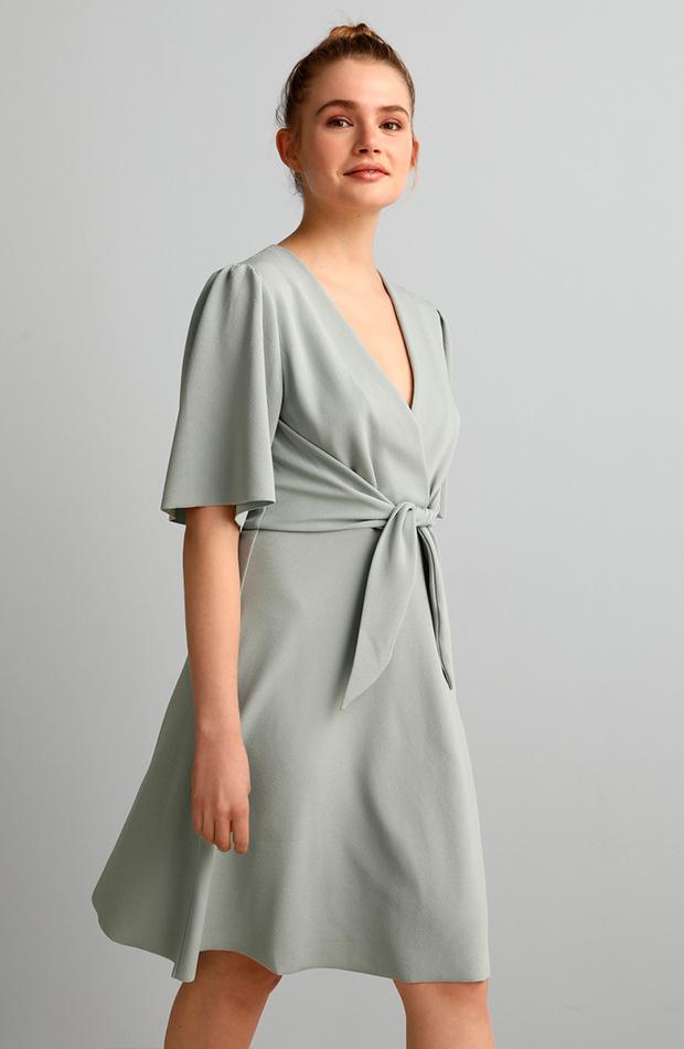 vestidos versátiles vestido con nudo y escote cruzado fórmula joven