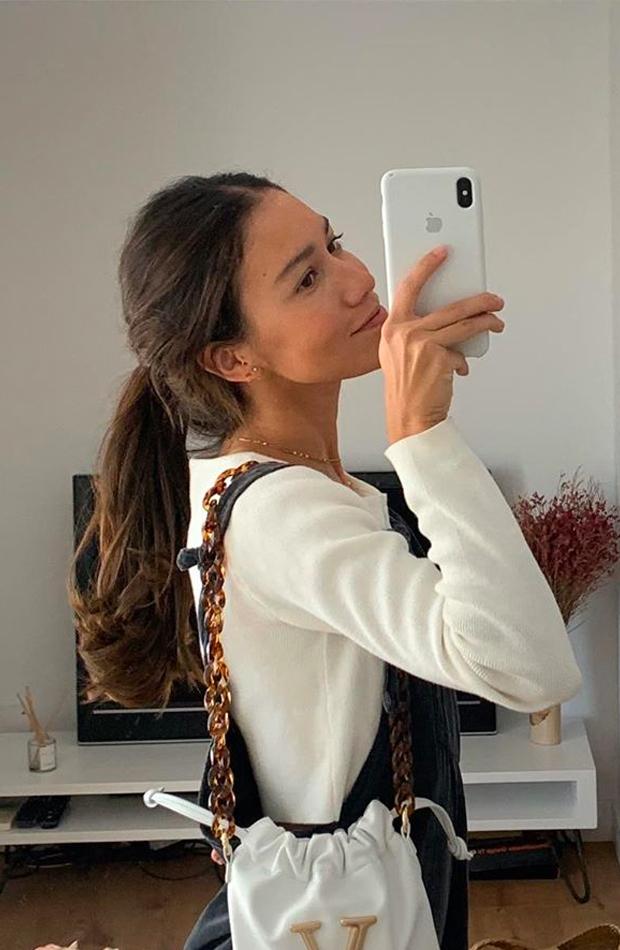 Coleta sencilla Melissa Villarreal peinados para estar por casa